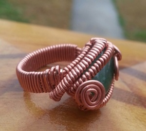 CH011713.R5.12 Adventurine Ring in Copper Wire (side)